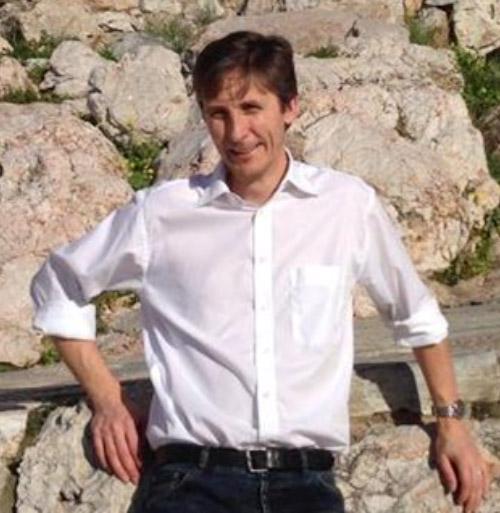 Dr Dale Shelton